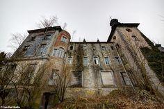 Chateau Congo (B) January 2014