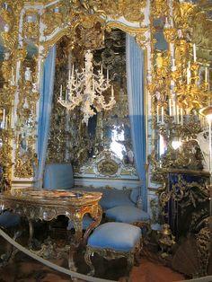 Linderhof Palace. Please like http://www.facebook.com/RagDollMagazine and follow @RagDollMagBlog @priscillacita