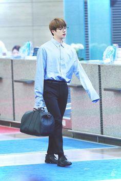 Shoulder Gangster Jin Teacher~ I wish
