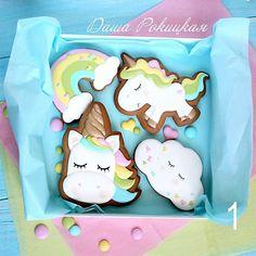 Новости Cookies For Kids, Cute Cookies, Cupcake Cookies, Cupcakes, Cookie Frosting, Royal Icing Cookies, Unicorn Birthday Parties, 1st Birthday Girls, Iced Cookies