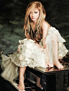 Avril *Avril Lavigne - all for beauty ->>> | https://tpv.sr/1QoBwpn/