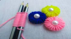 World Kids Club: Hand Embroidery Trick# Sewing Hack # Easy Hand Emb. Easy hand embroidery trick for flower making - Simple Craft Ideas Today we are going to show hand embroidery amazing trick. Look how lovely it is and it's very easy to make. Hand Embroidery Flowers, Hand Embroidery Patterns, Sewing Patterns Free, Free Sewing, Embroidery Stitches, Embroidery Art, Hand Sewing, Embroidery Sampler, Pattern Sewing