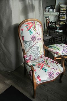 Designers Guild, Funky Furniture, Decoration, Dining Chairs, Justine, Diy Projects, Cabriolet, Cool Stuff, Inspiration