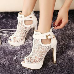Pretty Lace Flowers Open Toes High Heels Ankle Boots