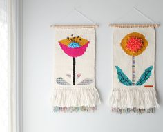 Fantastic Cost-Free tapestry weaving ideas Strategies The most beautiful wall tapestry for big and small Crochet Wall Art, Crochet Wall Hangings, Weaving Wall Hanging, Tapestry Crochet, Tapestry Wall Hanging, Weaving Textiles, Weaving Art, Tapestry Weaving, Loom Weaving