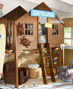 Pottery Barn Kids Tree House Bunk Bed...LOVE the turtles!