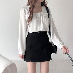Корейская одежда in 2020 Korean Girl Fashion, Korean Fashion Trends, Ulzzang Fashion, Korea Fashion, Cute Fashion, Asian Fashion, Look Fashion, Cute Casual Outfits, Girl Outfits