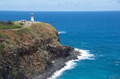 Kilauea Point Lighthouse on Kauai& North Shore by Go Visit Hawaii, via Flic. Kauai Vacation, Hawaii Travel, Dream Vacations, Vacation Spots, Kauai Hawaii, Kauai Activities, Free Activities, Kilauea Lighthouse, Camping In North Carolina