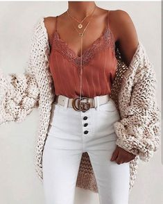 schöne Sommeroutfits - Kleidung ideen - Fash' ☂️ - 30 beautiful summer outfits Find the most beautiful outfits for your summer look. The post 30 beautiful summer outfits appeared first on clothing ideas. Fashion Mode, Look Fashion, Fashion Trends, Womens Fashion, Fashion Ideas, Girl Fashion, 20s Fashion, Friends Fashion, Fashion Pics