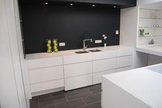 Réalisation d'une cuisine entièrement sur-mesure pour un client de Lille