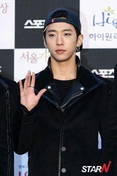 Yongguk B.A.P @ Seoul Music Awards 2014