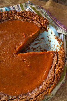 Chai Spiced Butternut Squash Pie Recipe with Gluten-Free Pecan-Walnut Crust pies pies recipes dekorieren rezepte Patisserie Sans Gluten, Dessert Sans Gluten, Pie Dessert, Gluten Free Desserts, Pie Recipes, Sweet Recipes, Dessert Recipes, Vegan Recipes, Nut Crust Recipe