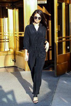c3cf4af49755 Selena Gomez wearing Dior Composit Sunglasses