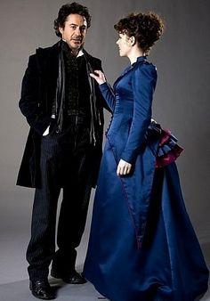 Sherlock Holmes and Irene Adler (Robert Downey Jr., Rachel McAdams)