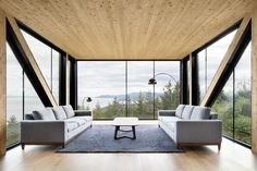 """Modern """"Blanche Chalet"""" in Canada With Sweeping River Views - http://freshome.com/Blanche-Chalet-Canada/"""