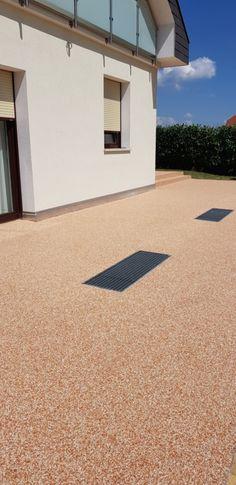 Steinteppich auf Terrasse Basketball Court, Porches, Stones