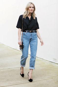 high waisted light wash jeans, black summer top