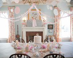 alamode: Gorgeous Vintage Princess Party!