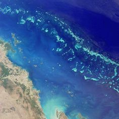 From Macro to Micro - The Other Side of The Universe/ The Largest Natural Structure On Earth: Great Barrier Reef, The world's largest coral reef!