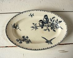 Vintage French Sarreguemines dish from RueDesLouves