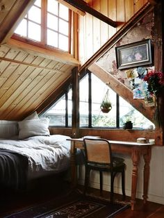 Attic ideas, find inspiration for bedroom ideas storage rooms master DIY to add to your home - small attic bedroom ideas Informations About Inspiring Attic Bedroom Ideas Future House, Exterior Design, Interior And Exterior, Attic Renovation, Attic Remodel, The Design Files, Blog Design, Cabins In The Woods, Cozy House