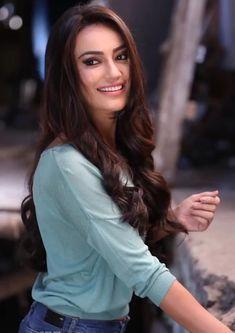 Indian Tv Actress, Indian Actresses, Beautiful Bollywood Actress, Beautiful Actresses, Indian Celebrities, Bollywood Celebrities, Bollywood Girls, Bollywood Couples, Beautiful Girl Indian