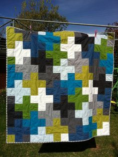 I'm seeing these plus quilts everywhere - I like them and want to make one soon.