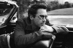 Robert Downey, Jr. One hell of a Hottie!
