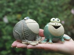 Collectable Miniature Frog | hand-made pottery from Muggins Pottery in Leicestershire - wedding gifts, birthday presents, christening presents and anniversary gifts.