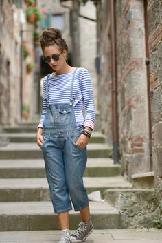 http://blog.3chic.com/2013/08/salopette-jeans.html