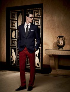 great way to wear blue and red