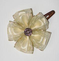 Girl hairclip Hair Clips, Shabby, Brooch, Handmade, Jewelry, Fashion, Hair Rods, Jewellery Making, Moda