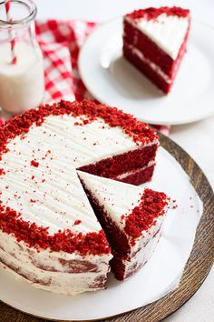 10 Red Velvet Cake recipe from scratch – – # kitch… - Vegan Wedding Cake Red Velvet Cake Recipe From Scratch, Cake Recipes From Scratch, Easy Cake Recipes, Frosting Recipes, Easy Desserts, Dessert Recipes, Red Velvet Cake Rezept, Easy Red Velvet Cake, Dessert Simple