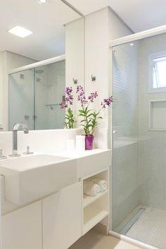 banheiro-branco-com-pastilhas