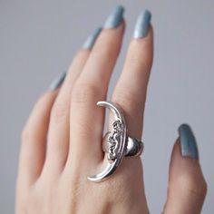 Empty Casket ring @leannelimwalker