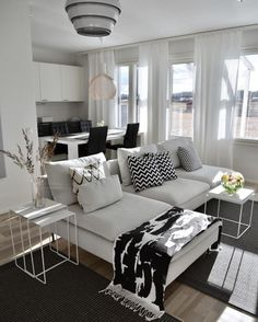 Kako vam se sviđaju dnevni boravak i kuhinja sa slike? How do you like this living room and kitchen design? Living Room And Kitchen Design, Interior Design Living Room Warm, Small Living Rooms, Home Living Room, Apartment Living, Living Room Designs, Living Room Decor, Bedroom Apartment, Küchen Design