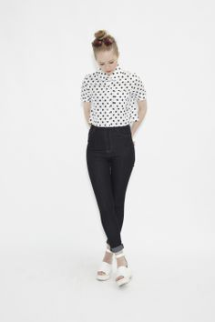 High Waist Skinny Jean Black - THE WHITEPEPPER http://www.thewhitepepper.com/collections/bottoms/products/high-waist-skinny-jean-black