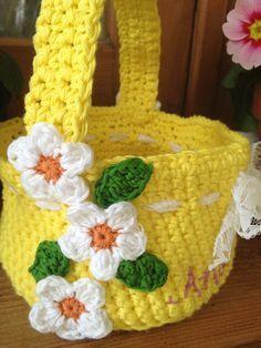 Easter Basket - free crochet pattern at Re-made by Sam #CrochetEaster