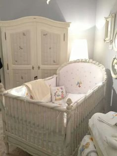 Bassinet, Cribs, Toddler Bed, Outfits, Furniture, Home Decor, Cots, Child Bed, Crib