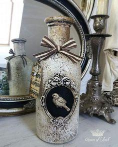 Diy Bottle, Wine Bottle Crafts, Bottle Art, Decoupage Jars, Pasta Art, Halloween Potion Bottles, Mason Jar Projects, Jar Art, Diy Crafts For Gifts