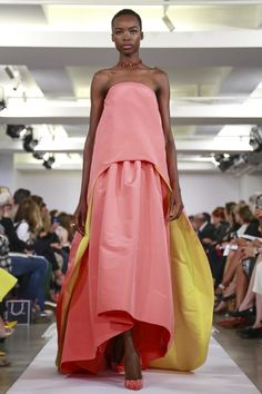oscar-de-la-renta-ready-to-wear-spring-summer-2015-new-york...Beautiful, imagine this in your wedding colors with embellishments that fir your wedding theme. Get that designer look without the designer $$$, have it custom-made.