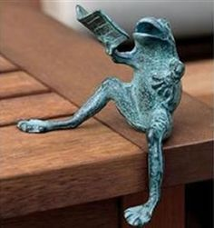 Reading Frog Shelf Sitter, SPI-San-Pacific-International-All-Products, Garden Animal Statues, Funny Frogs, Book Sculpture, The Orator, Beauty Art, I Love Books, Yard Art, Book Lovers, Book Worms