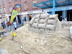 Sand Master Matthew Long Builds 23 Ton Sand Castle at South Street Seaport | Inhabitat New York City
