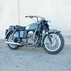 "107 gilla-markeringar, 4 kommentarer - Moe (@cyclegardenmotorcycles) på Instagram: ""We are selling an older #motoguzzieldorado #motoguzzipolice restoration that I did for Scotty J in…"""