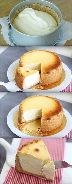 New york cheesecake Sweet Desserts, Sweet Recipes, Delicious Desserts, Dessert Recipes, Yummy Food, Mini Cakes, Cupcake Cakes, Sweet Pie, Pound Cake Recipes