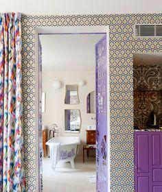 affordable Paris hotels: Le Crayon