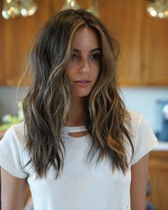 33 trendy ombre hair color ideas of 2019 - Hairstyles Trends Ombre Hair Long Bob, Layered Long Hair, Mid Length Hair With Layers, Long Textured Hair, Textured Haircut, Hair Layers, Long Layered Haircuts, Long Haircuts, Medium Hair Styles