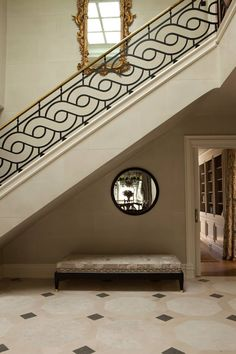 54 Ideas wrought iron stairs projects for 2019 Staircase Railing Design, Modern Stair Railing, Wrought Iron Stair Railing, Stair Handrail, Modern Stairs, Handrail Ideas, Wrought Iron Doors, Balcony Grill Design, Balcony Railing Design