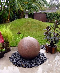 Love the way the fountain grows out of the patio.....think I'll steal this for my new fountain!