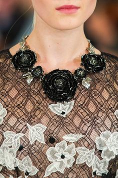 Oscar de la Renta at New York Spring 2015 (Details)